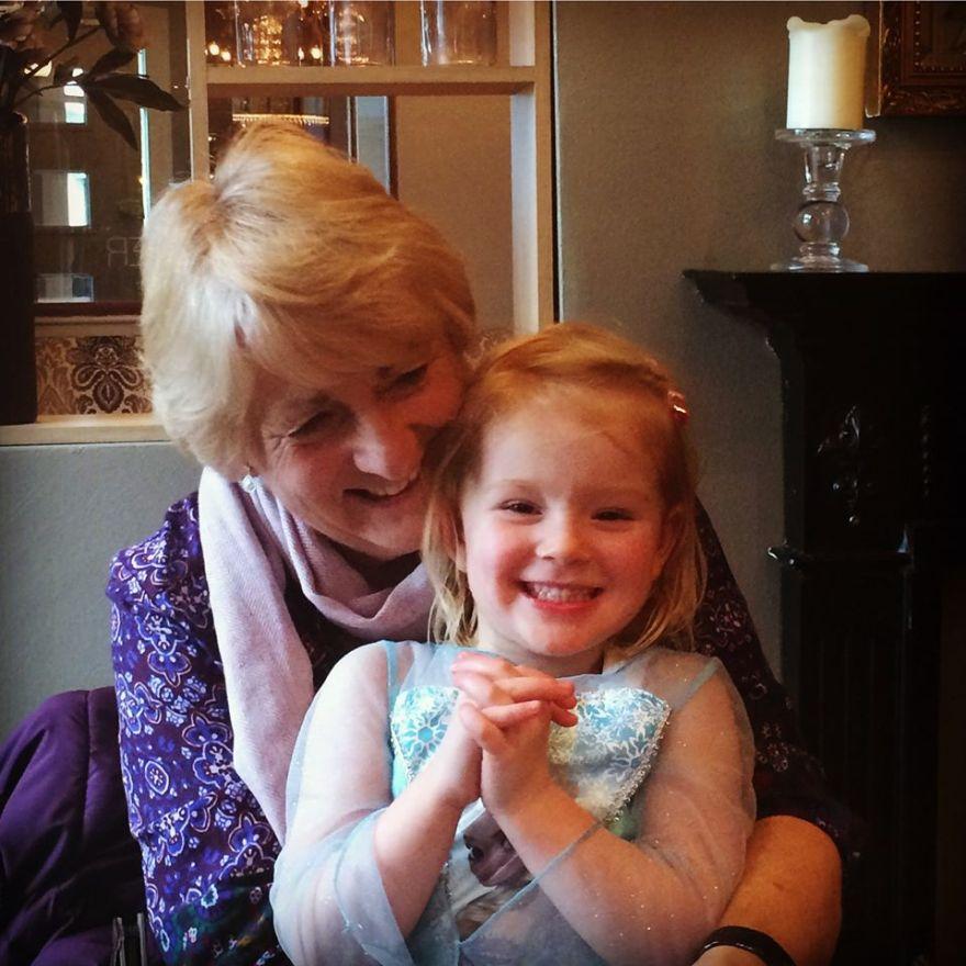 Mum and Elodie